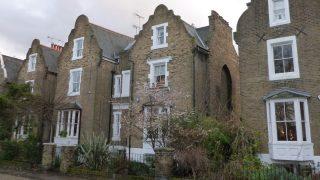 Согласно опросу, в каждом десятом арендованном в Англии доме существует риск пожара
