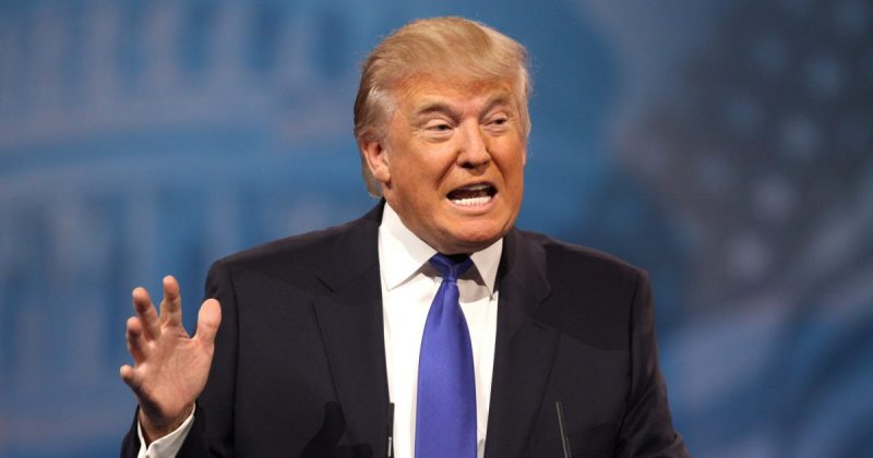 Политика: Расистские высказывания Дональда Трампа возмущают общественность