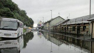 Пострадавшие от наводнения в августе до сих пор не могут вернуться домой