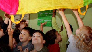 В помощь по уходу за ребенком Tax-Free Childcare включат детей до 9 лет