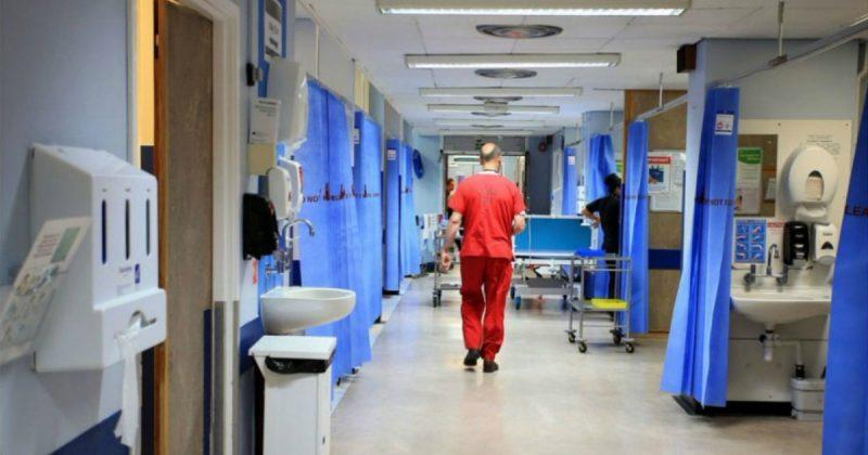 Здоровье и красота: Кризис NHS усугубился: пациенты вынуждены лежать на полу