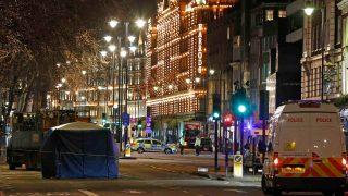Авария в Найтсбридже: грузовик сбил пенсионерку на глазах у покупателей Harrods