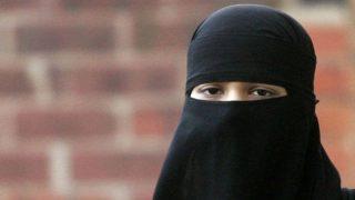 Британская школа требует от правительства четких норм на ношение детьми хиджабов