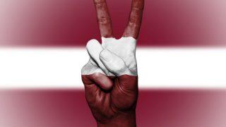 Британия изучает настроения русскоязычных в Балтии