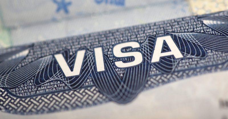 В мире: С февраля в Ирландии визы от имени Латвии будет выдавать Литва