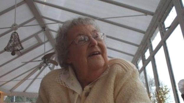Дочь и внук приговорены к тюремному сроку за убийство бабушки