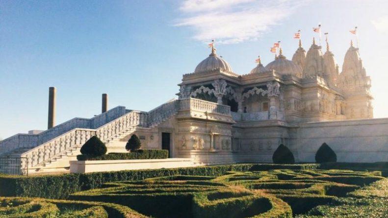 Досуг: Билет в нирвану: прогулка по величественному индуистскому храму в Лондоне