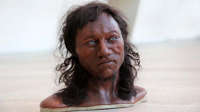 Общество: Исследование ДНК: доисторические британцы были чернокожими с голубыми глазами
