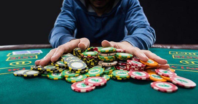 Общество: Аферист потратил присвоенные £194 тысячи на азартные игры