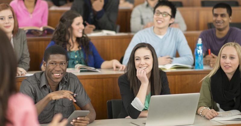 Общество: Реформа образования в Великобритании: стоимость обучения будет зависеть от спроса на рынке труда