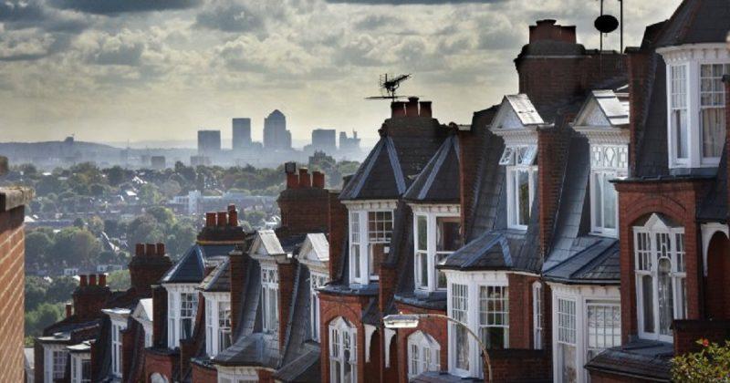Недвижимость: Молодежь Великобритании не в состоянии купить собственное жилье