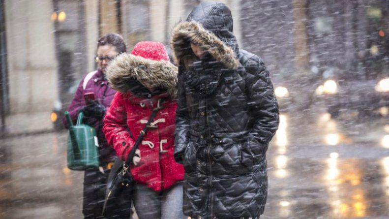 Общество: Школы закрываются из-за снега: какие факторы влияют на решение отменить занятия
