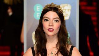 Церемония награждения BAFTA-2018: самые неудачные наряды на красной дорожке