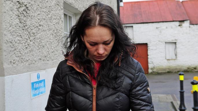 В Ирландии латвийку судят за помощь убийце-соотечественнику