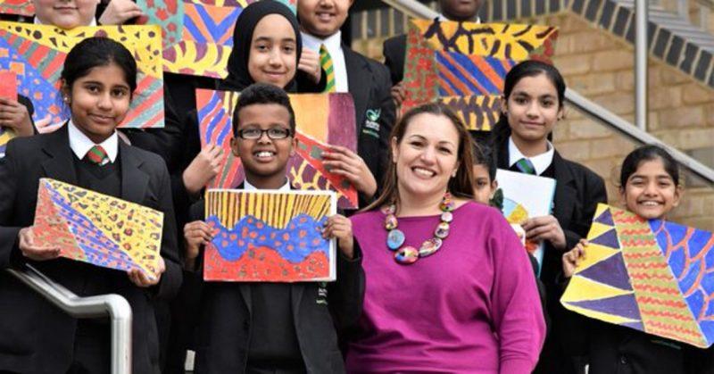 Общество: Британская учительница номинирована на премию Билла Гейтса