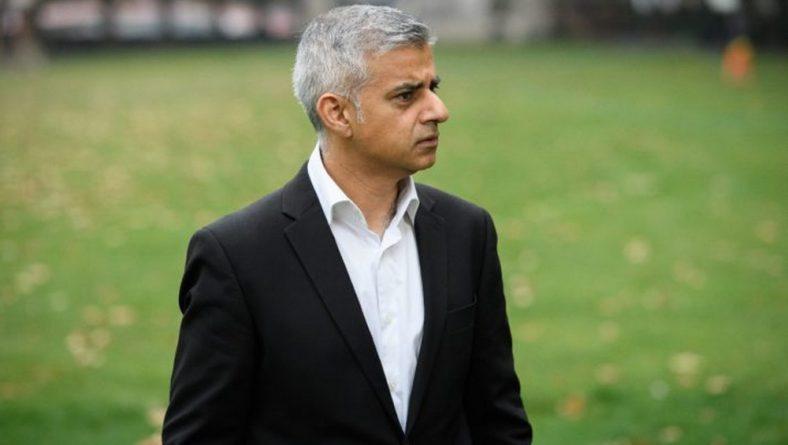 Общество: Садик Хан выделит £45 млн на уничтожение преступности среди молодежи