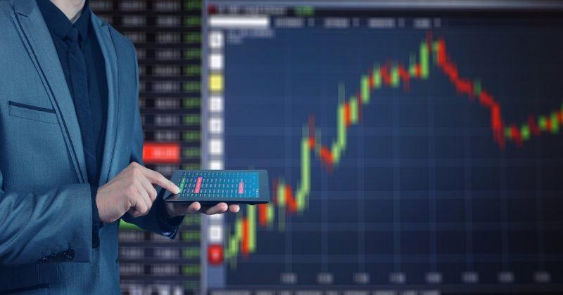 Бизнес и финансы: Банки обязали предупреждать клиентов о возможном овердрафте