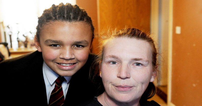 Общество: Школьника отстранили от занятий из-за афрокосичек