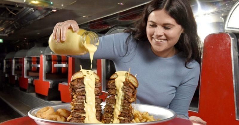 Досуг: Новый гастрономический вызов от лондонского ресторана: чизбургер весом 3 кг