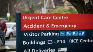 Британские пациенты платят за парковку в два раза больше французов