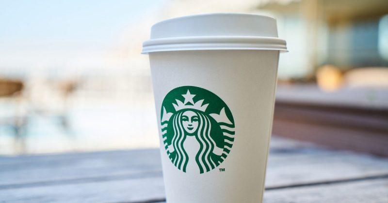 Общество: Starbucks ввела налог на латте