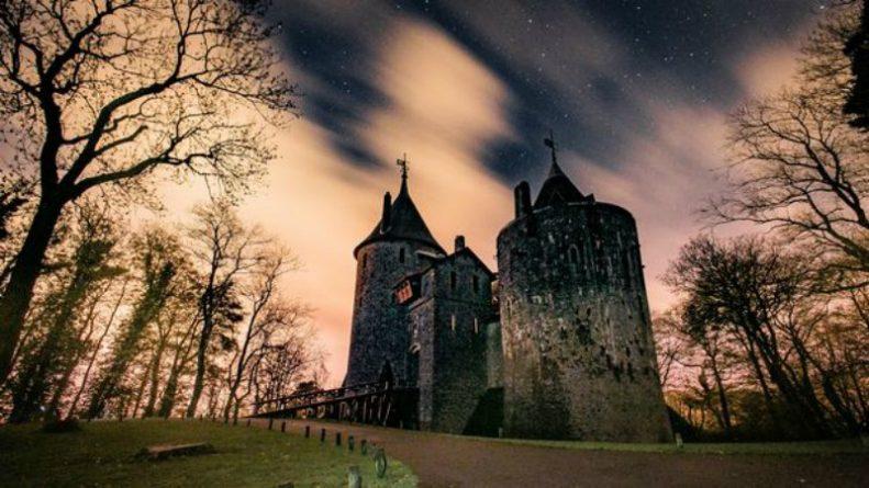 Галерея: Самые красивые места Британии: Красный замок