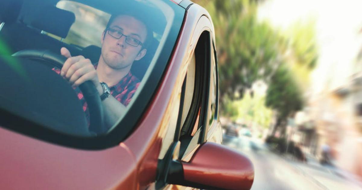 https://www.pexels.com/photo/car-commuter-driver-driving-7433/