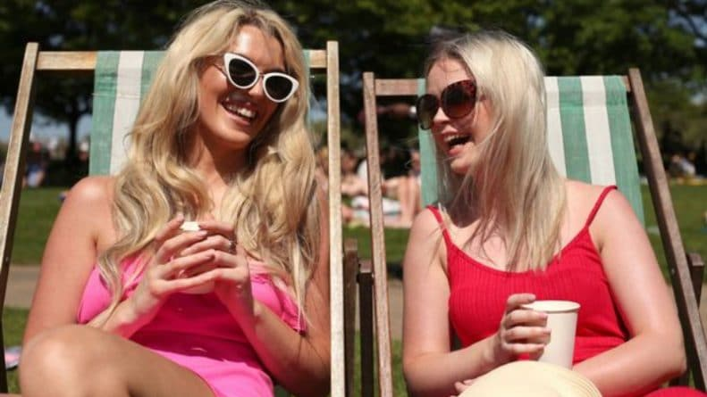 Погода: Погода в Британии: рекордно высокая температура в мае поджарит всех британцев