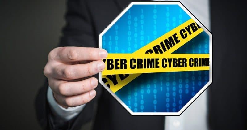 Лайфхаки и советы: 5 самых популярных киберобманов во время вашей работы