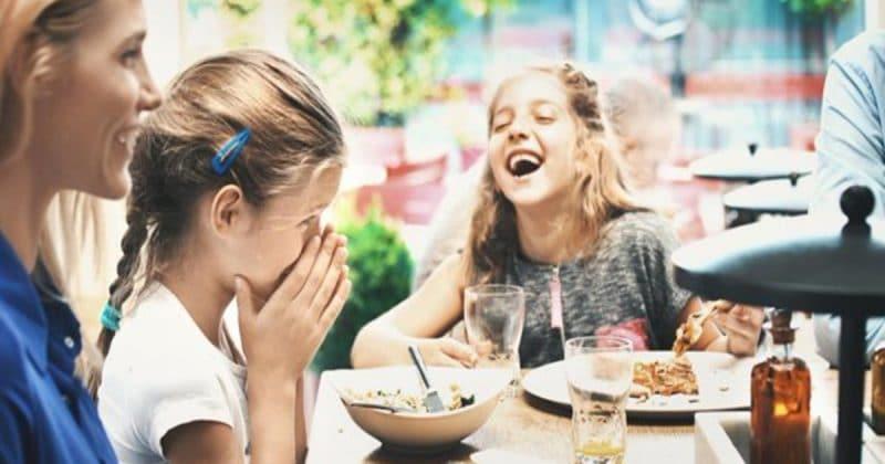 Общество: Посетители ресторана в Глостере оскорблены просьбой заведения следить за детьми во время обеда