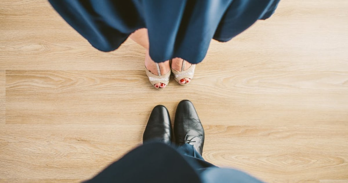 https://www.pexels.com/photo/suit-couple-shoes-clothes-8115/