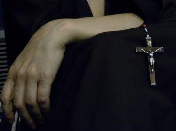 крестик монахини
