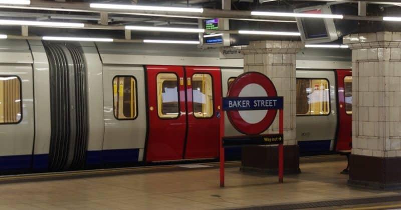 Технологии: Пассажиров лондонского метро будут выгонять на станцию раньше ЗАПАХОМ