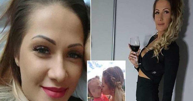 Общество: Девочку 3 лет нашли рыдающей возле погибшей 23-летней матери