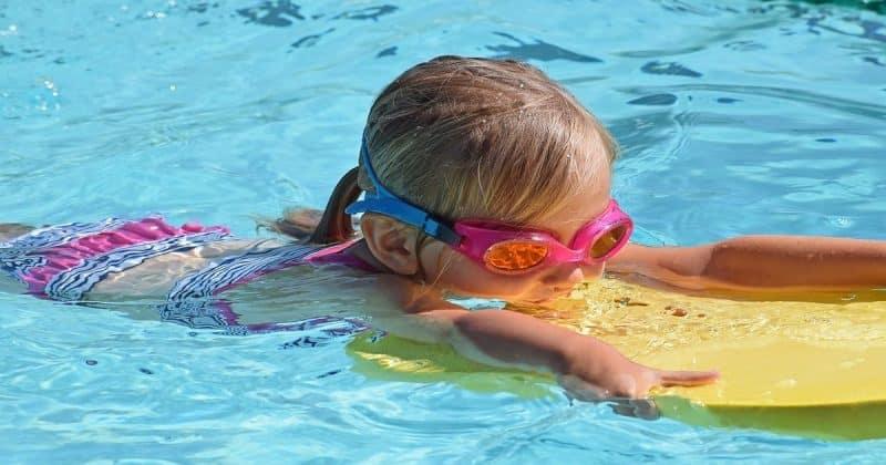 Здоровье и красота: Детский бассейн – освежающий оазис или огромная инфицированная лужа?
