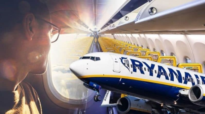 Лайфхаки и советы: Авиакомпания Ryanair раскрыла секрет: где самые лучшие места в самолете?