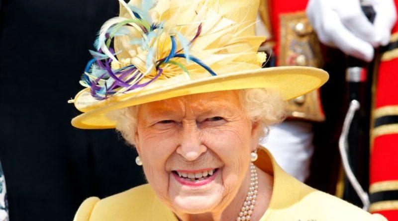Популярное: Королева ищет нового садовника в Букингемский дворец, но есть подвох