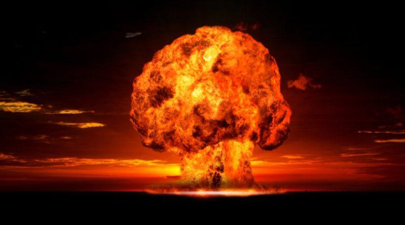 В мире: Парламент Великобритании предупреждает о растущей угрозе ядерной войны