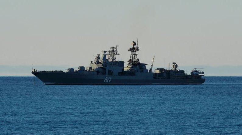 Общество: Британцы проводили российский корабль через Ла-Манш