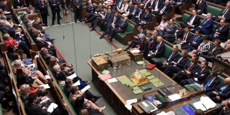 Общество: ВВеликобритании новым лидером Палаты общин назначили замминистра финансов