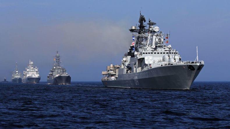 Общество: Британские ВМС проследили за российским кораблем в Ла-Манше