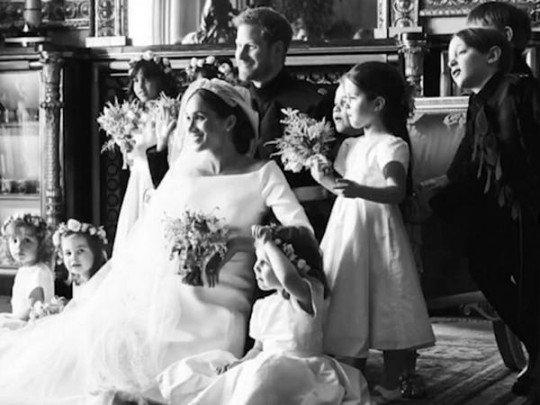Без рубрики: Годовщина свадьбы принца Гарри и Меган Маркл: в сети показали уникальные фото