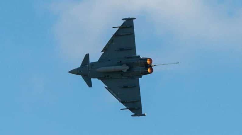 Общество: ВВС Британии стали посмешищем после встречи с Су-27