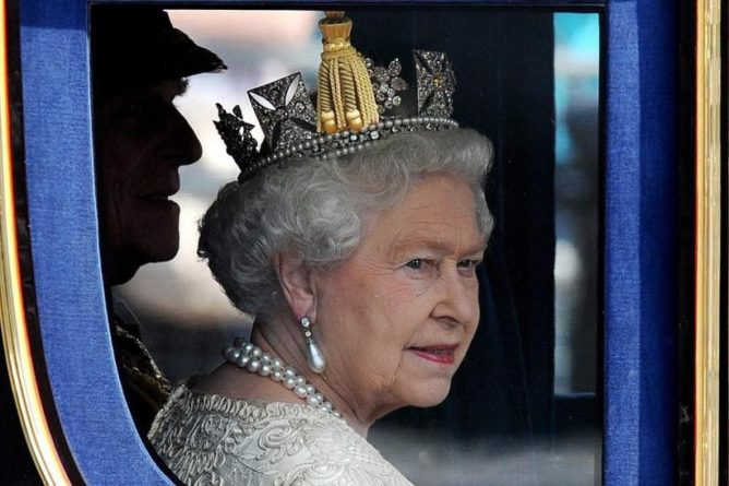 Без рубрики: Елизавете II снова 93: В Великобритании отмечают день рождения монарха
