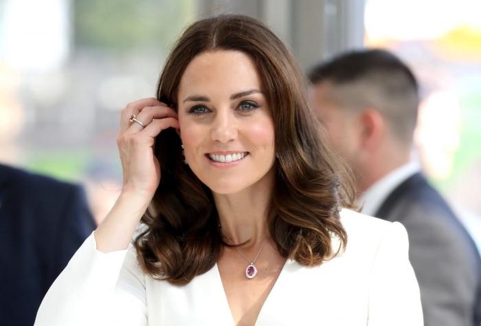 Кейт Миддлтон пожаловалась, что Шарлотта не дает маме заплетать ей косички