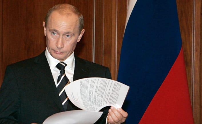 Общество: The Guardian (Великобритания): Запад считает Путина российским гением разведки. Но правда ли, что им управляют работники спецслужб?