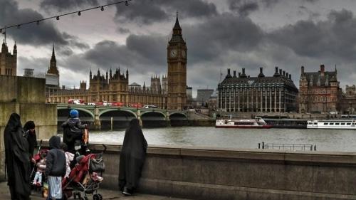 Без рубрики: Тысячи обнаженных велосипедистов выехали на улицы Лондона