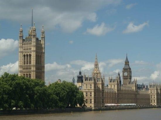 Происшествия: Российские дипломаты предупредили о всплеске уличного насилия в Лондоне