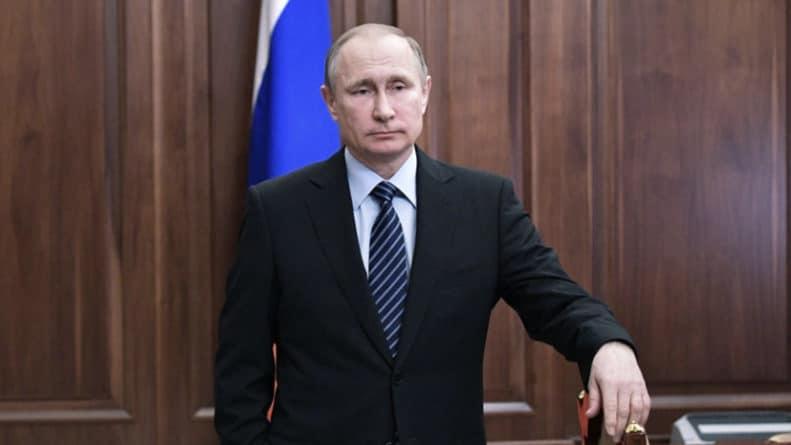 Общество: Путин: Россия и Британия заинтересованы в восстановлении отношений
