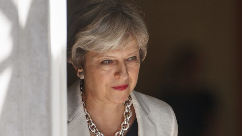 Без рубрики: Тереза Мэй покинула пост лидера Консервативной партии